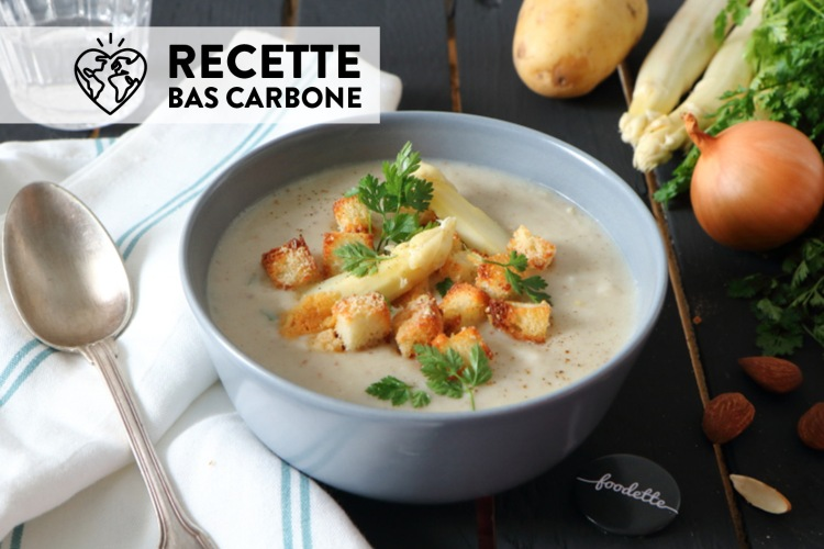 creme-soupe-veloute-asperges-blanches-amandes-croutons-granapadano-cerfeuil.jpg